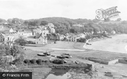 Saundersfoot, The Village c.1965