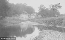 Sawley, Cottages And The River Ribble 1921