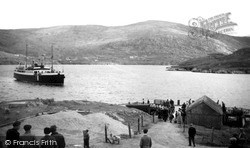 Scalpay, M.V. 'lochmor' Approaching The Pier c.1960