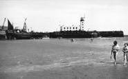 Scarborough, The Beach And Pierhead Lighthouse c.1960