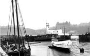 Scarborough, The Harbour c.1950