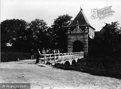 The Veerpoort c.1910, Schoonhoven