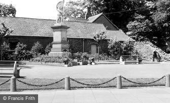 Scunthorpe, the War Memorial c1960