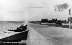 The Sea Wall c.1950, Seaford
