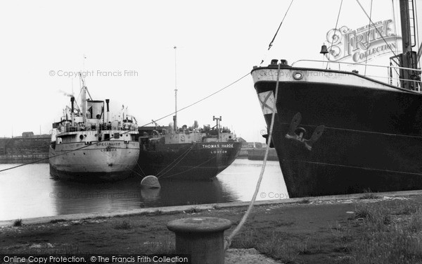 Photo of Seaham, the Harbour c1955, ref. s287012