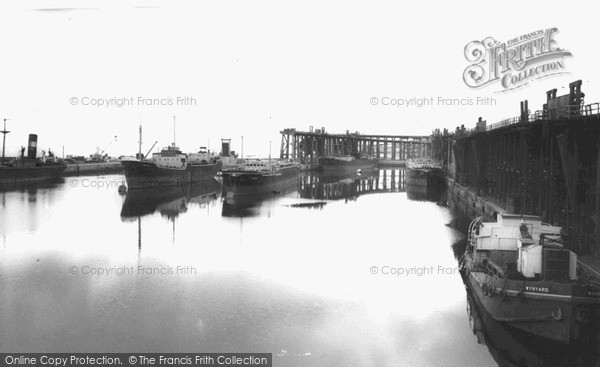 Photo of Seaham, the Harbour c1955, ref. s287047