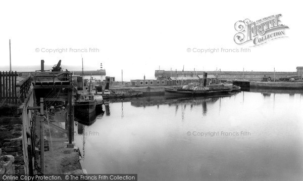 Photo of Seaham, the Harbour c1955, ref. s287048