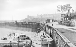 Harbourside c.1955, Seahouses
