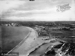 1922, Seaton