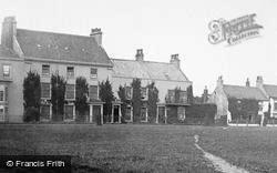 Seaton Carew, Houses By The Green 1886