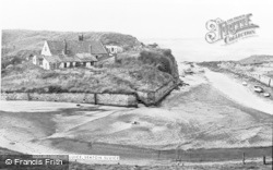 Seaton Sluice, c.1965