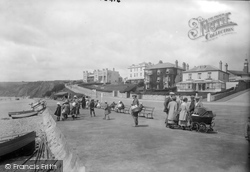 The Promenade 1922, Seaton