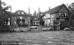 Seer Green, Ponds Home For Cerebral Sufferers c.1965