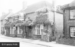 Seer Green, The Jolly Cricketers c.1960