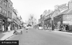 Selby, Abbey And High Street c.1955