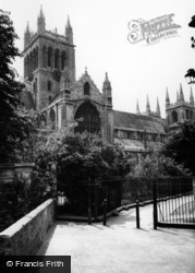 Selby, Abbey c.1960