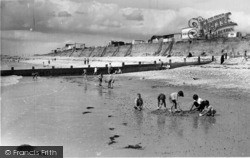 Selsey, West Beach c.1960