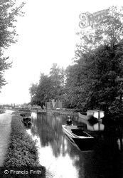Send, The Canal Lock 1909