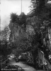 Castleberg Crag 1895, Settle