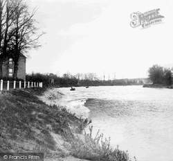 Severn River, The Severn Bore 1906