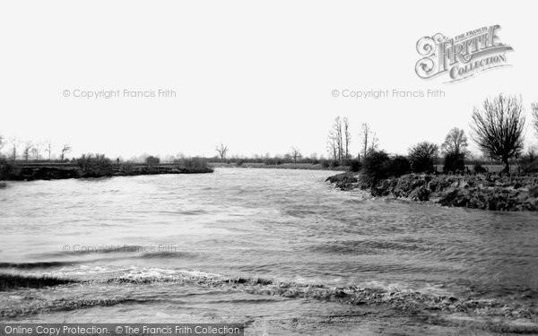 Severn River, the Severn Bore 1906