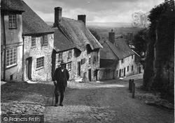 Shaftesbury, Gold Hill c.1950