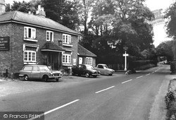 Shamley Green, The Bricklayers Arms c.1965