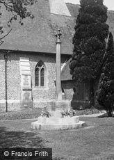 Shamley Green, War Memorial 1939
