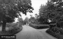 Sharpthorne, Tyes Cross c.1955
