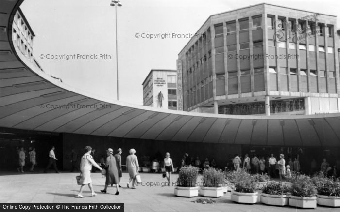 Photo of Sheffield, Castle Square, 'the Hole In The Road' c.1968