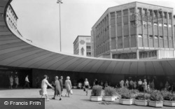 Sheffield, Castle Square, 'the Hole In The Road' c.1968