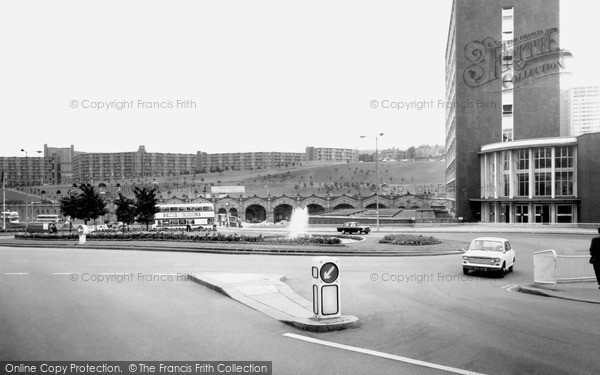 Sheffield, Sheffield Midland Station and Park Hill c1965