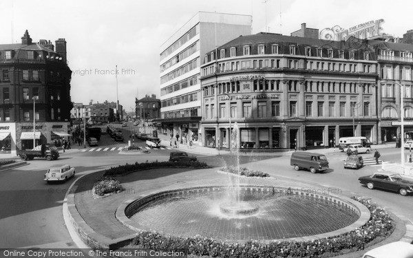 Photo of Sheffield, The Goodwin Fountain c.1965