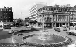 Sheffield, The Goodwin Fountain c.1965