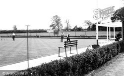 The Bowling Green c.1960, Shefford