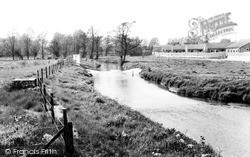 The River c.1960, Shefford