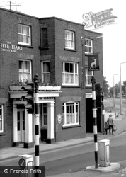 The White Hart c.1965, Shefford