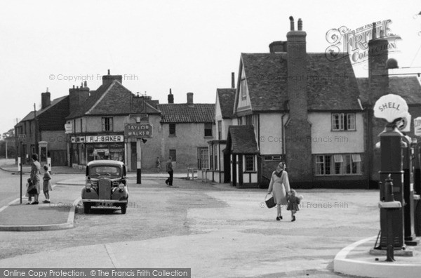 Shenfield, Shenfield Road c1955.  (Neg. S109004a)  © Copyright The Francis Frith Collection 2005. http://www.frithphotos.com