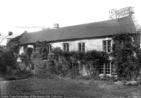 Shepton Mallet, Old Grammar School 1899