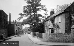 Long Street 1924, Sherborne