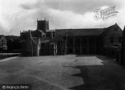 Sherborne, School Gateway To Quad 1924