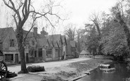 Shere, 1932