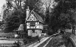 Shere, Cottage In The Chantry 1909