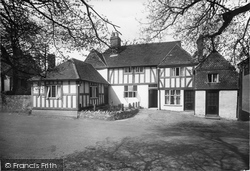 Shere, The White Horse 1924