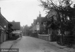 Shere, Upper Street 1913