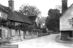 Shere, Vine Cottage 1913
