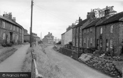 Sheriff Hutton, East End c.1955