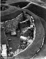 Shetland, Jarlshof Aisled Round House c.1955, Shetland Islands