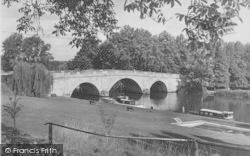 The Bridge c.1955, Shillingford