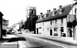 Shipston On Stour, Church Street And St Edmund's Church c.1960